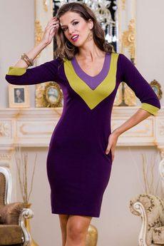 Повседневное трикотажное платье с V-образным вырезом Angela Ricci со скидкой